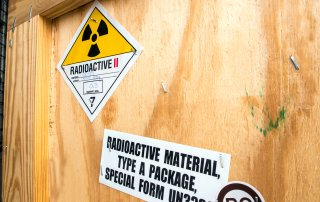 Radioactive crate containing radioactive material for transport